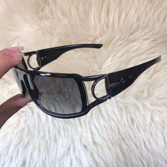 bcc03108a6e Gucci Accessories - GUCCI Vintage Horsebit Wrap Around Sunglasses